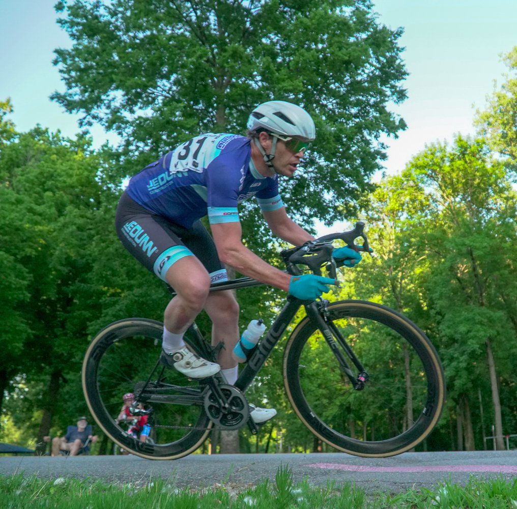 How One Pharmacist's CBD Experiment Changed His Cycling Performance and Recovery Regimen
